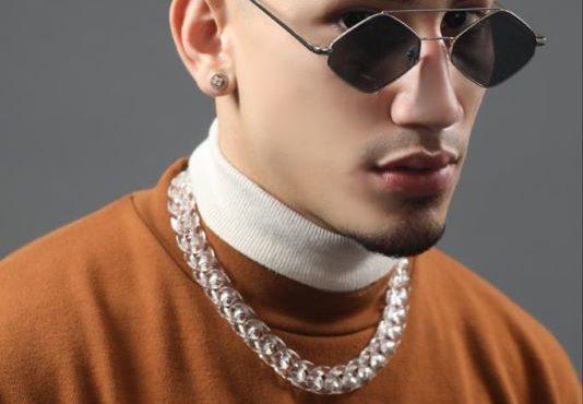 """Omar Courtz pisando fuerte con su nuevo sencillo """"En su nota"""""""