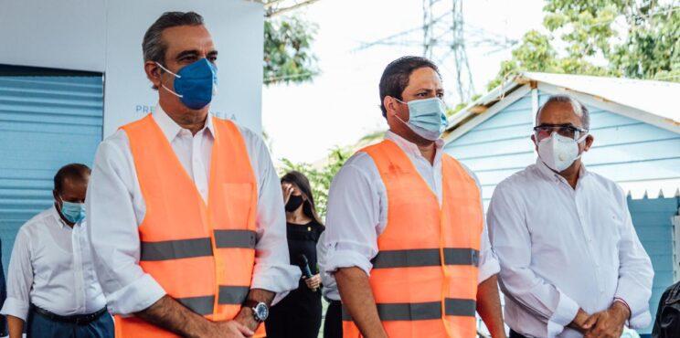 Presidente Abinader y el director del INVI presentan al país Plan Dominicana Se Reconstruye