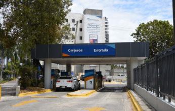 Banreservas acondiciona autobancos para uso peatonal