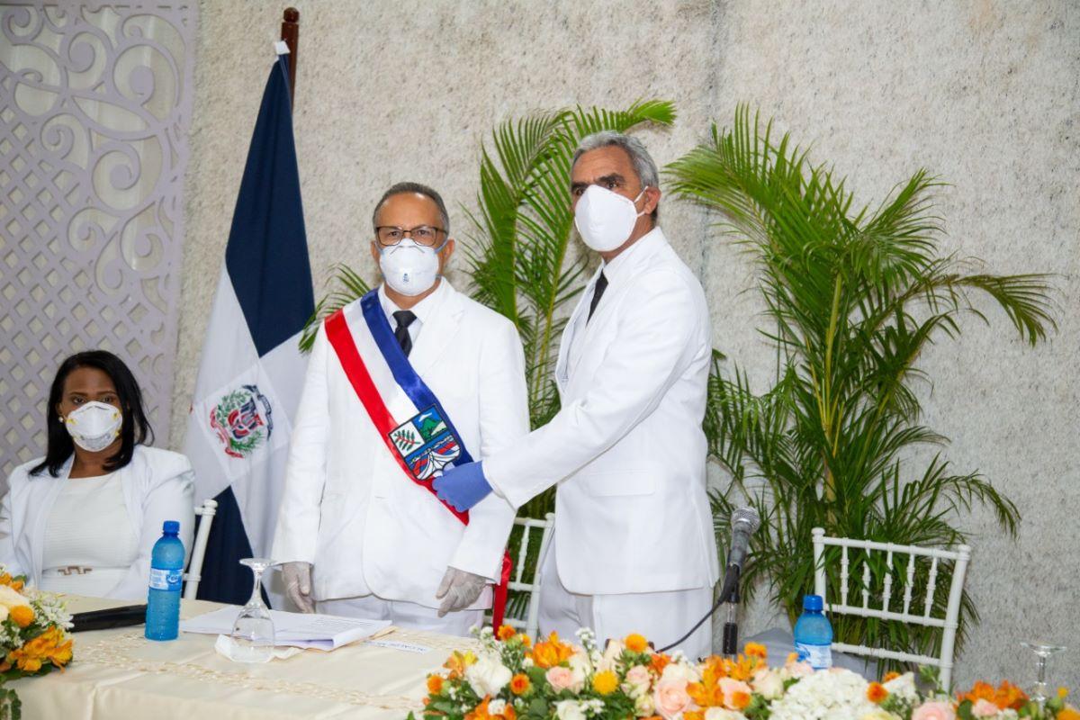 Nuevo Alcalde de Baní Santo Ramírez, anuncia medidas para combatir el Covi-19
