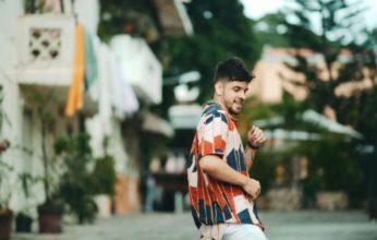"""Cantante Sange promociona su reciente sencillo, """"Locura"""""""