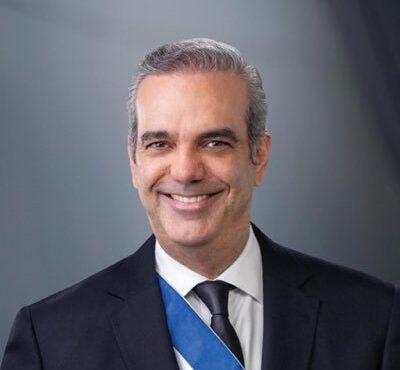 Presidente Abinader destituye a Fello Suberví,  del Consejo de Administración de Egehid