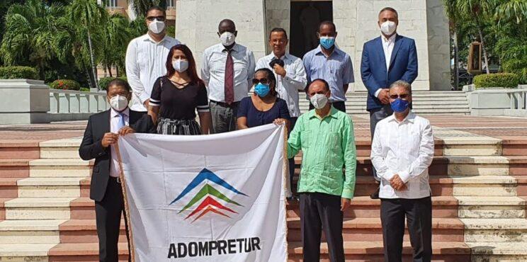 Adompretur celebra el 43 aniversario de su fundación y reitera compromiso de impulsar la especialización