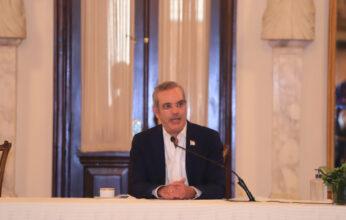 El presidente Abinader anuncia eliminación de gastos de representación y reducción del presupuesto de algunas instituciones