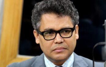 Carlos Peña propone a gobierno mirar hacia sector cooperativo para crear empleos
