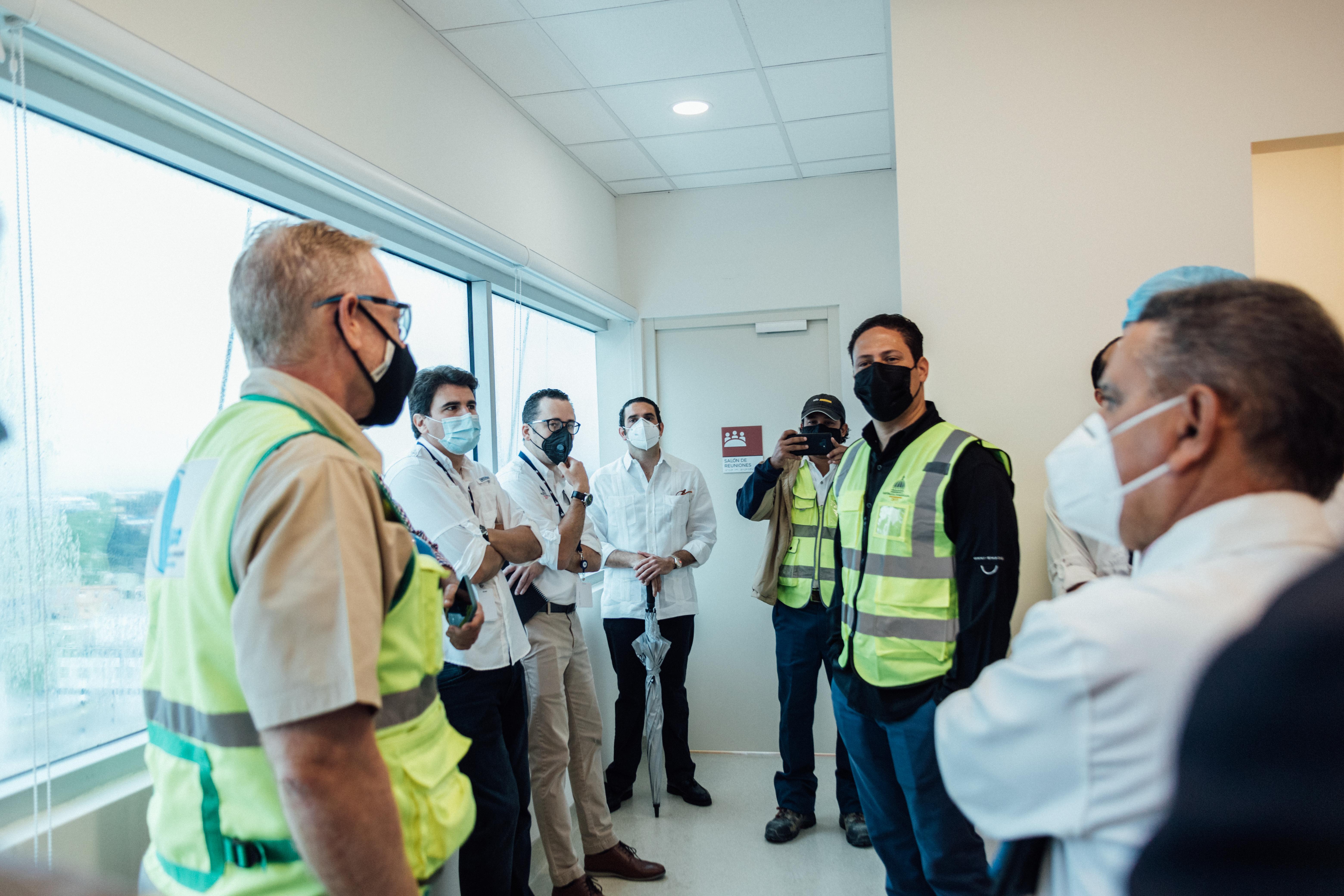 Director General del INVI reafirma su compromiso con la reconstrucción y conclusión de más de treinta proyectos hospitalarios a nivel nacional
