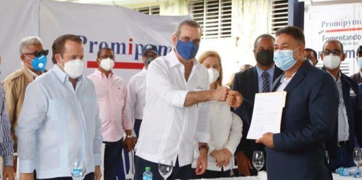 Presidente Abinader anuncia duplicará fondos otorga Promipyme a pequeños y microempresarios