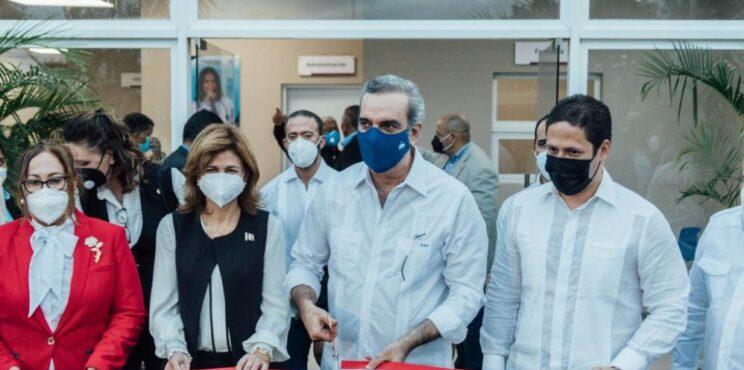 INVI entrega Centro  de  Diagnóstico  y Atención  Primaria en Los Guandules, Santiago