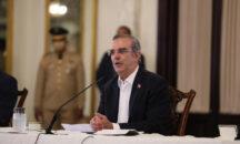 El presidente Abinader se reúne con juntas de vecinos de Santo Domingo Este