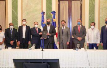 Presidente Abinader promulga la ley que otorga incentivos fiscales para la competitividad e innovación industrial