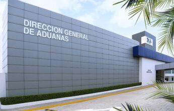 Aduanas suspende a colaborador acusado de supuesta violación