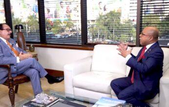 Alfredo Pacheco solicita a funcionarios nombrar a perremeístas en administración pública
