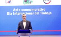 El presidente Abinader asegura que trabajadores alcanzarán progreso, plenitud y felicidad