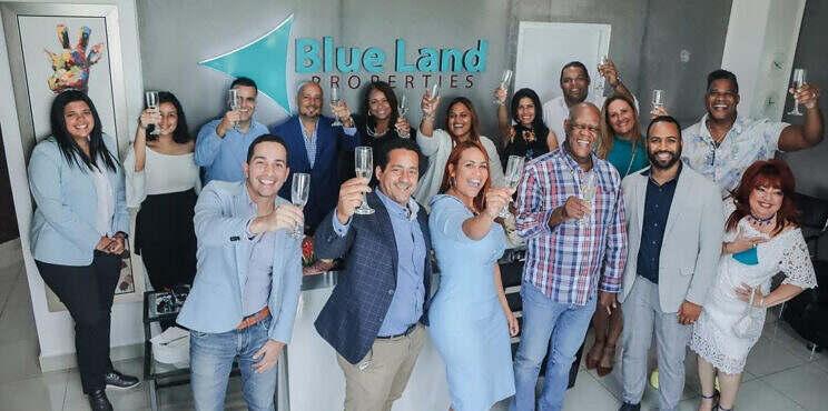 """Anuncian evento anual """"Blue Land Weekend 2021"""" dedicado a Johnny Ventura"""