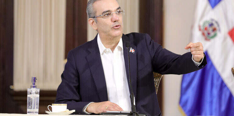 Presidente Luis Abinader inicia la transformación de la Policía Nacional y anuncia varias medidas