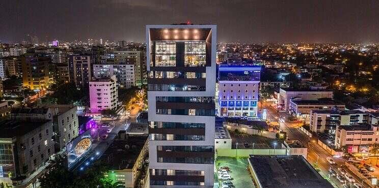 Homewood Suites by Hilton Santo Domingo celebra 2do aniversario con nueva identidad visual de marca